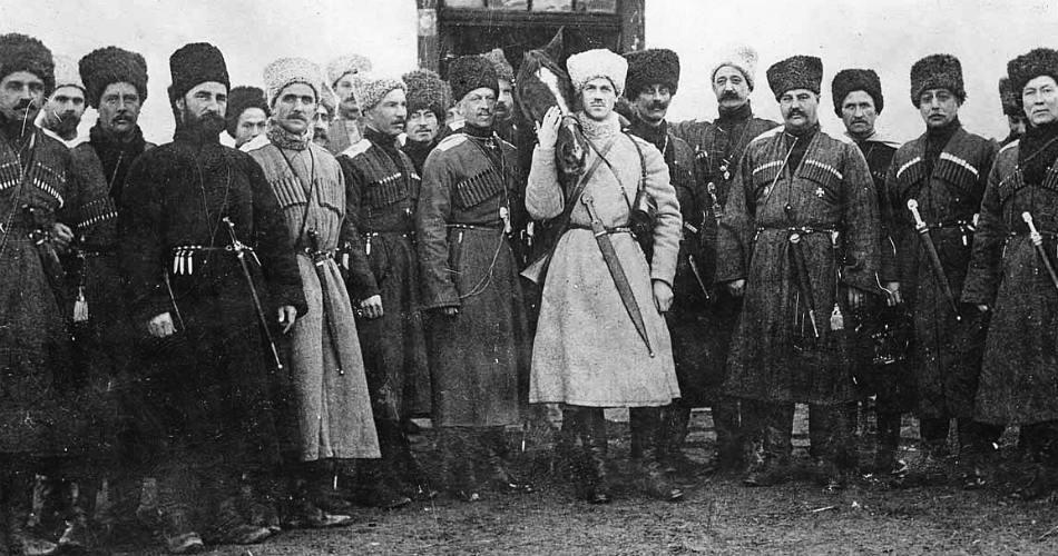 Великий Князь Михаил и мусульмане Кавказской конной Туземной( Дикой) дивизии.