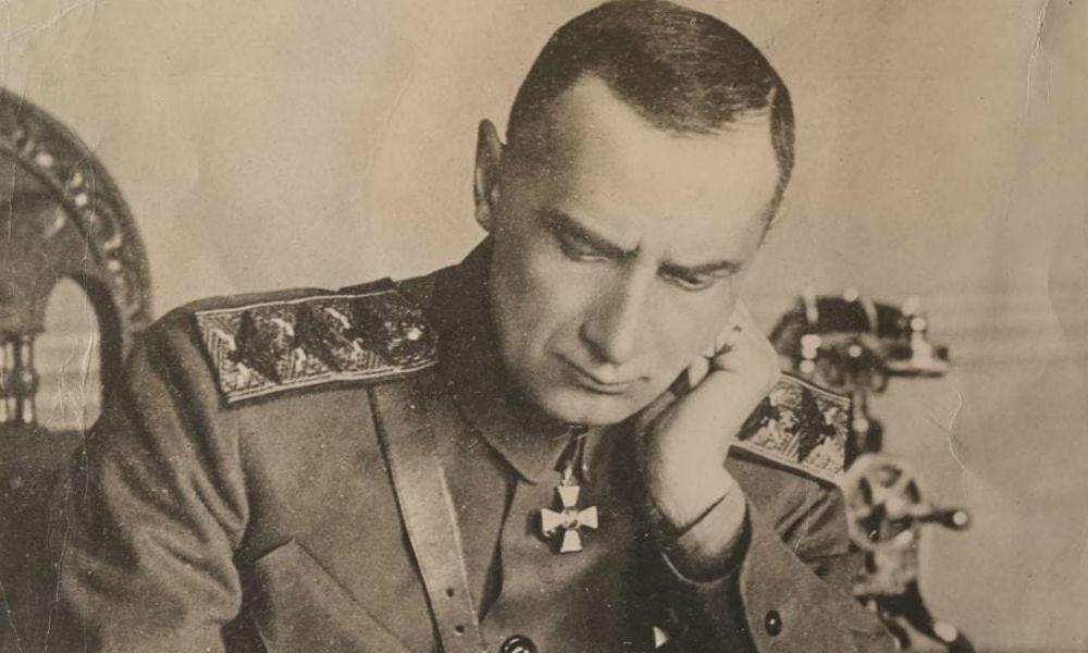 Архив адмирала Колчака возвращен в Россию благодаря меценатам.