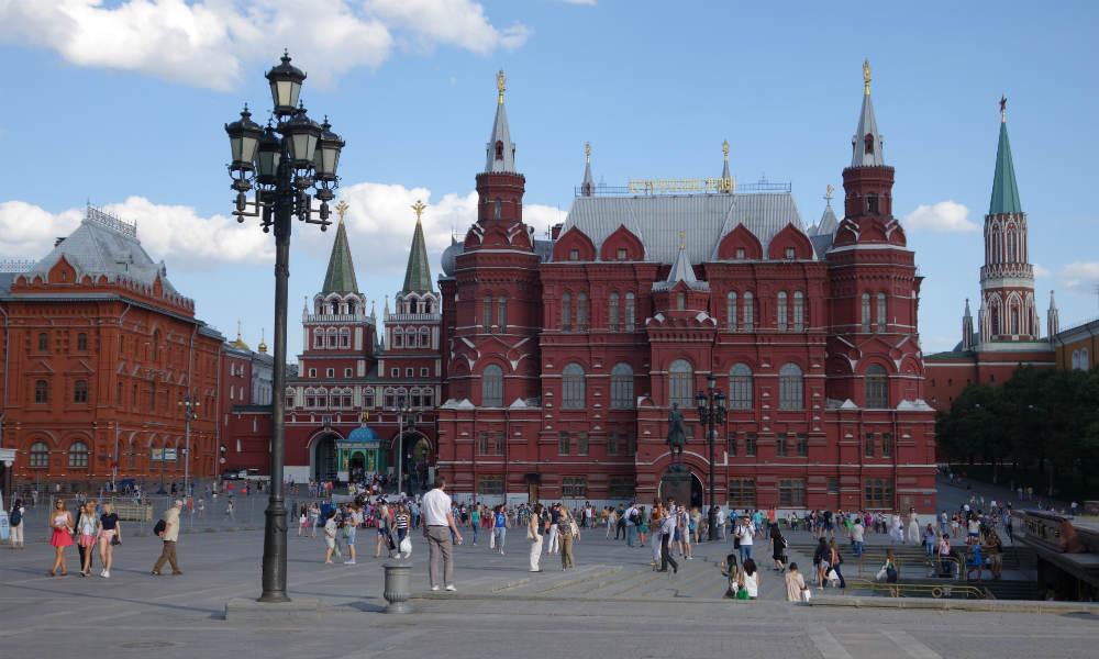 Исторический музей и Третьяковка продолжают работать в обычном режиме.