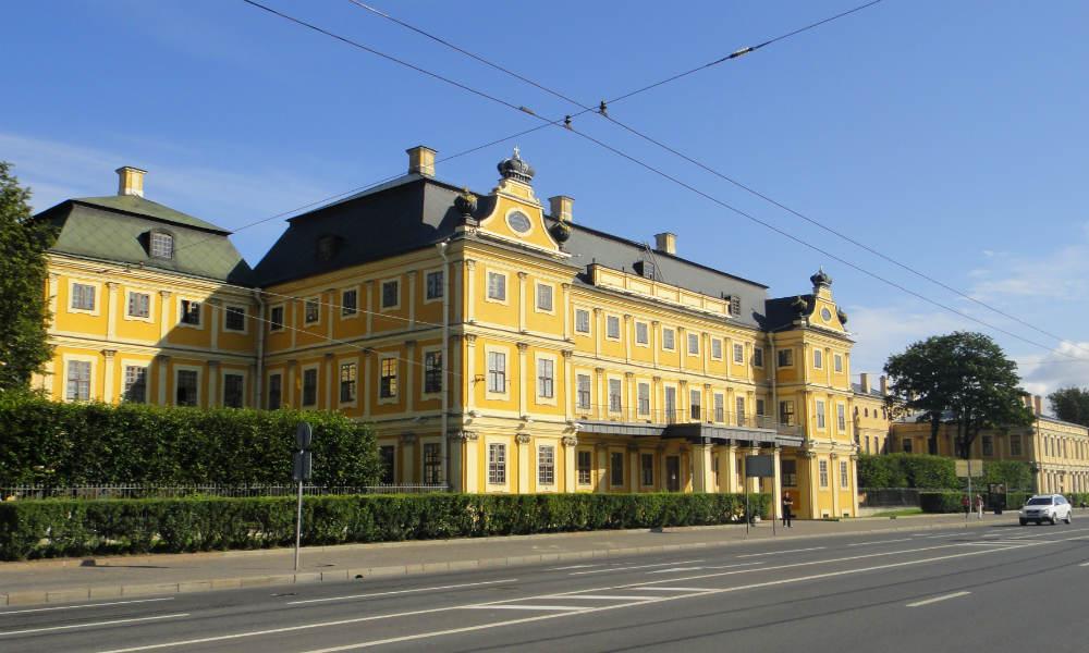 Санкт-Петербург - краткая история города на Неве.