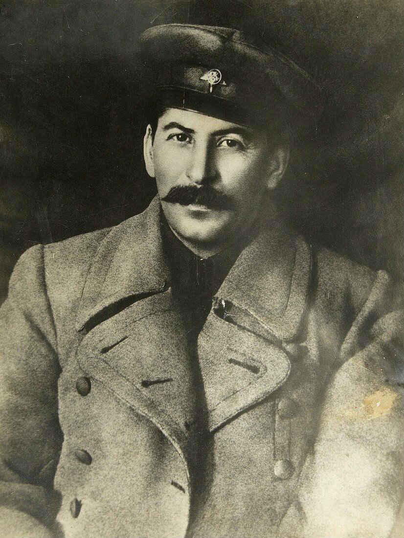 Иосиф Сталин в молодом возрасте.