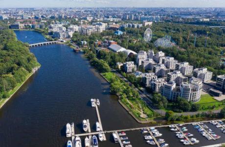 Санкт-Петербург: остров Крестовский.