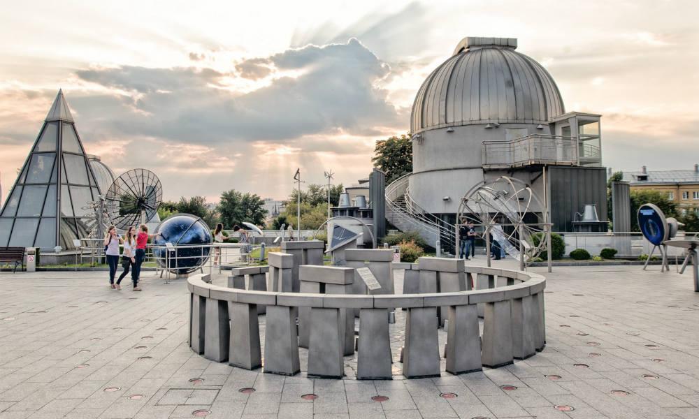 Московский планетарий дарит путешествие к звёздам.