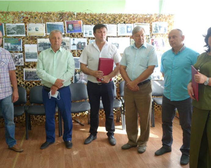 """Выставка """"Бессмертный подвиг земляков"""" открылась в Тамбовской области."""