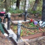 Казаки обустроили памятник герою войны.
