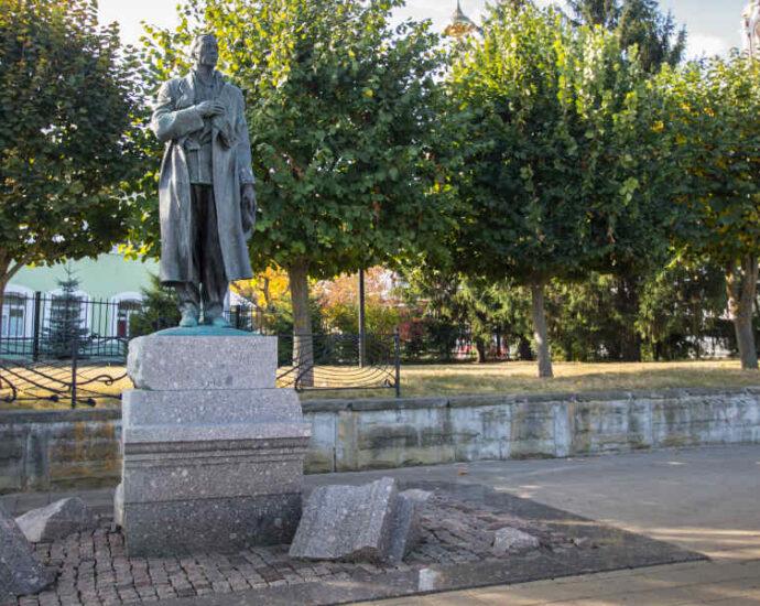 Памятник Сергею Рахманинову в Тамбове.