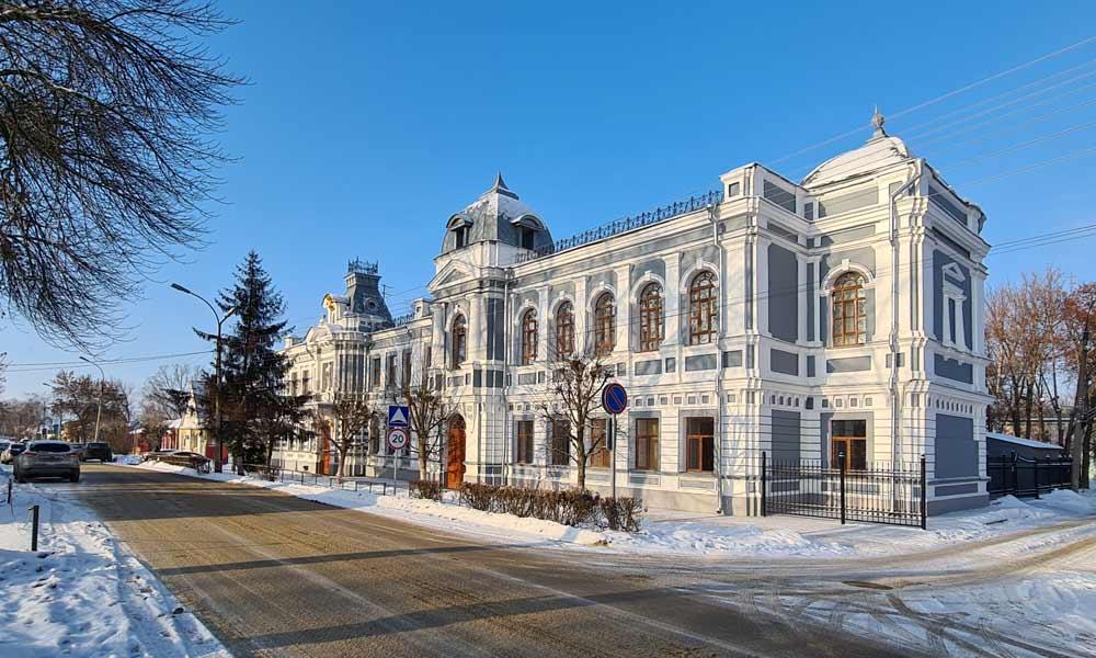 Колледж искусств в Тамбове и история здания.